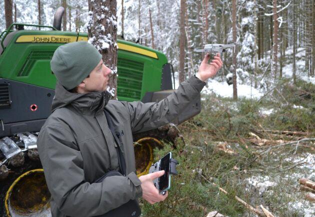 Med bilder från drönaren kan Anton Holmström få fram exakta data om beståndet både före och efter gallring. Data som sen kan användas för att optimera gallringen och göra en uppföljning av resultatet.