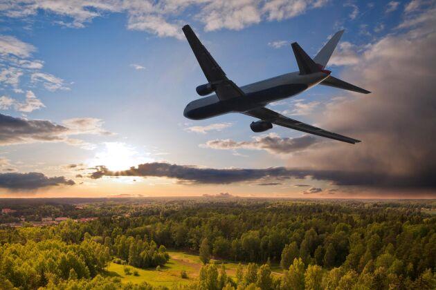 I dag betalar flyget inte för sina utsläpp vilket innebär att flyget är kraftigt subventionerat.