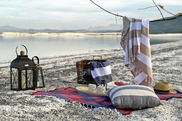 För folket vid Medelhavet är allt som rör badkultur och strand en självklar del av det sociala livet.