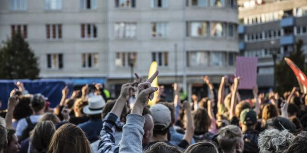 Skatteverket backar om flytt efter hårda protester