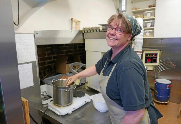 Ina Pedersen är bagare på Wapnö.