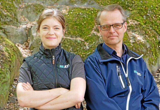 Cecilia Persson är programledare för ATL TV Live på Borgeby på torsdagen. Här tillsammans med David Larsson, redaktör för sändningarna.