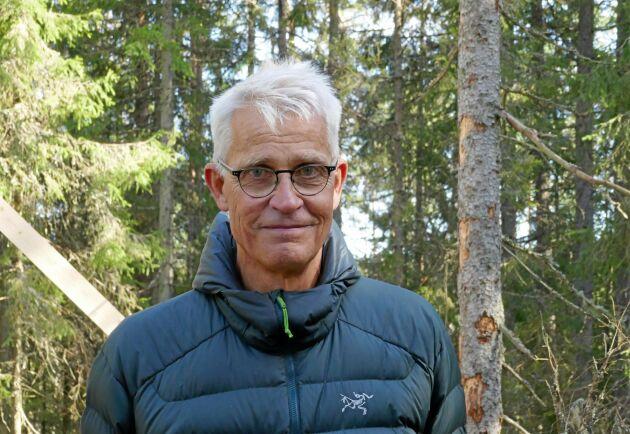 Enligt Martin Schroeder, forskare vid SLU, är de extremt torra och varma sommarmånaderna förmodligen en återkommande, ny verklighet för skogsbranschen.