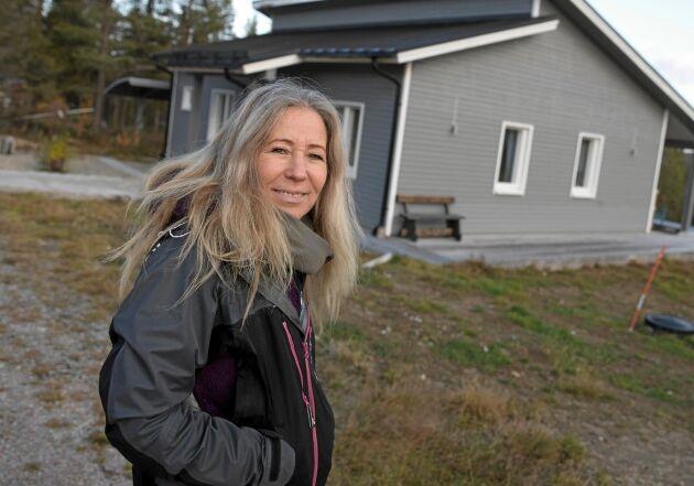 Susann har rötterna i Tornedalen. 2012 flyttade hon till byn Muodoslompolo som ligger 122 mil norr om huvudstaden.