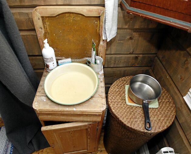 Ett enkelt tvättrum, men det duger för Sofie.