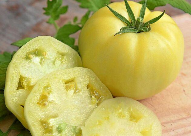 White wonder heter denna citronbleka bifftomat som säljs på Impecta.se.