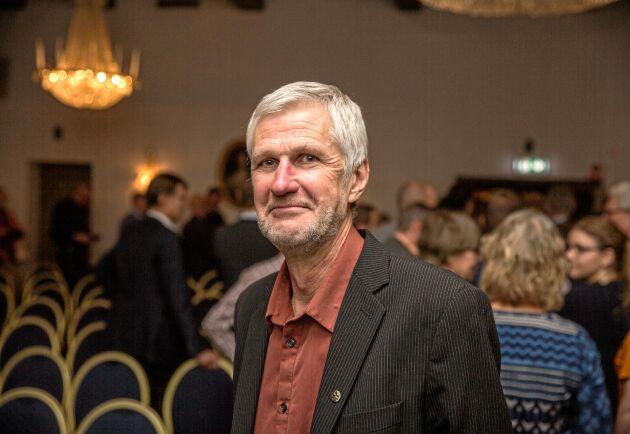"""""""Det sker en ständig påspädning av nya arter och det finns all anledning att vara uppmärksam"""", professor Lars Andersson på SLU."""