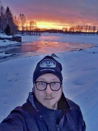 """Pontus Johansson är upphovsmakare till protestfilmen """"Vi är landsbygd"""" mot skolnedläggningarna i Luleå kommun."""