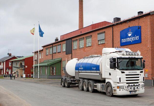 En ny organisation gör att anställda kan tvingas lämna Norrmejerier.