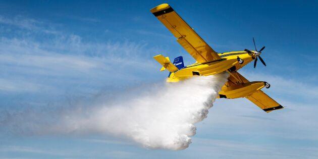 Flygplan bekämpar skogsbrand i Vimmerby