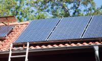 Stopp för bidrag till solceller efter krympt budget
