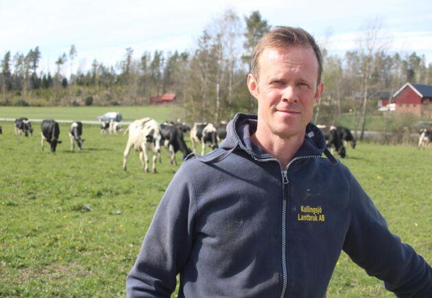 Tobias Kullingsjö tror inte att han som svensk mjölkproducent har sämre förutsättningar att producera billig mjölk än en dansk kollega.