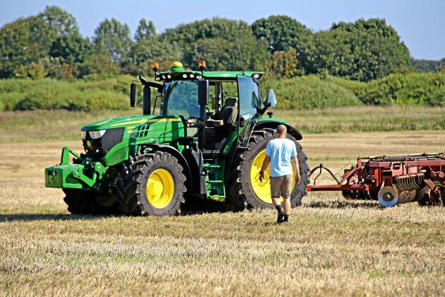John Deere 6155R ligger i topp bland årtiondets mest köpta traktorer.