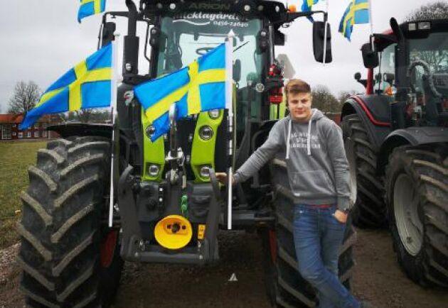 Lantbrukseleven Axel Stjernqvist har varit drivande i frågan att ha en traktorkaravan.