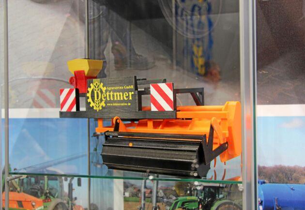 """En modell av Dettmers """"Blüstreifenfuchs"""" visades i montern men finns redan nu att köpa på beställning."""