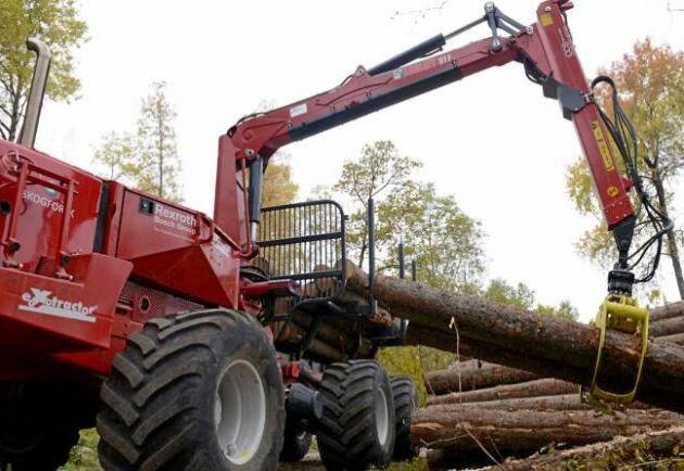 För att kunna öka takten i avverkningarna, förbättra arbetsmiljön, attrahera ny arbetskraft och minska markpåverkan ska Skogforsk utveckla självstyrande skogsmaskiner.