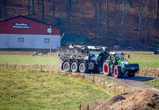 På Bondåkra Maskinstation har man tydligt märkt utvecklingen mot större traktorer.