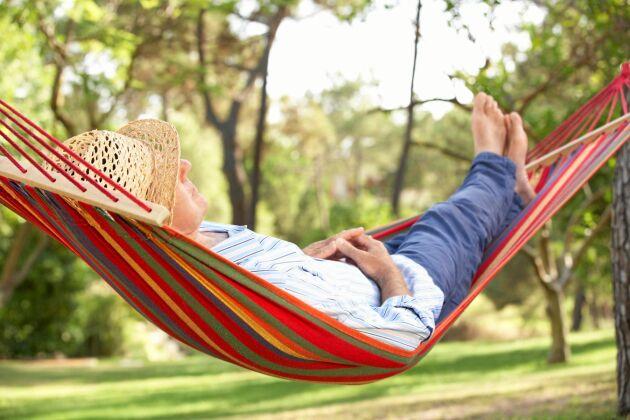 Passa på att slappa lite i hängmattan under semestern.