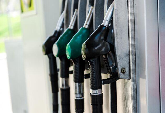 Priset på diesel och HVO-100 sänktes med 10 öre per liter. Arkivbild