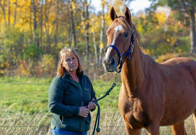 Eva Gudmundsson på Flemminge Gård är en av de hästföretagare som drabbats hårt av den nuvarande lagen.