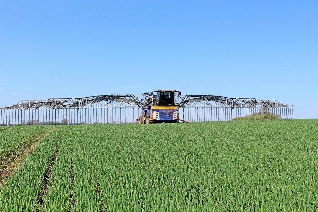 Agrometer har utvecklat en självgående släpslangsmaskin för jordbruk med stora spridningsbehov.